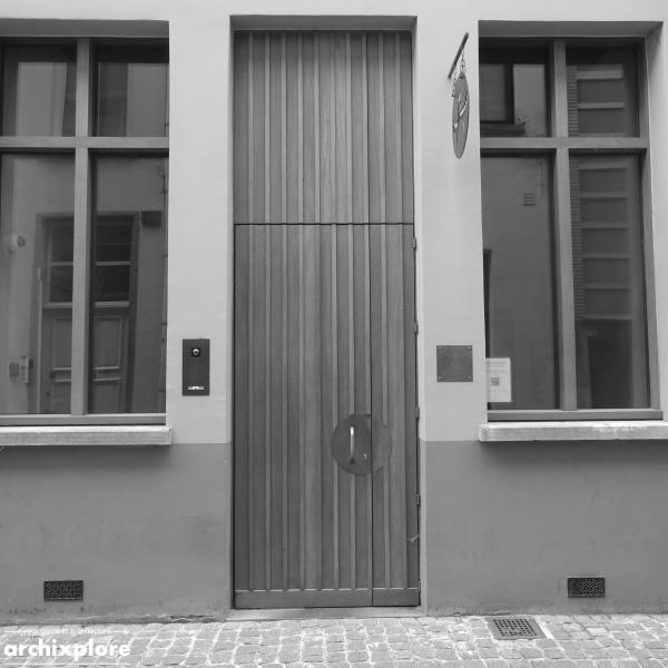 Leeszaal en depot Museum Plantin-Moretus Antwerpen - de ingang in de Heilige Geeststraat